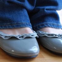 zipper ruffle ballet flats