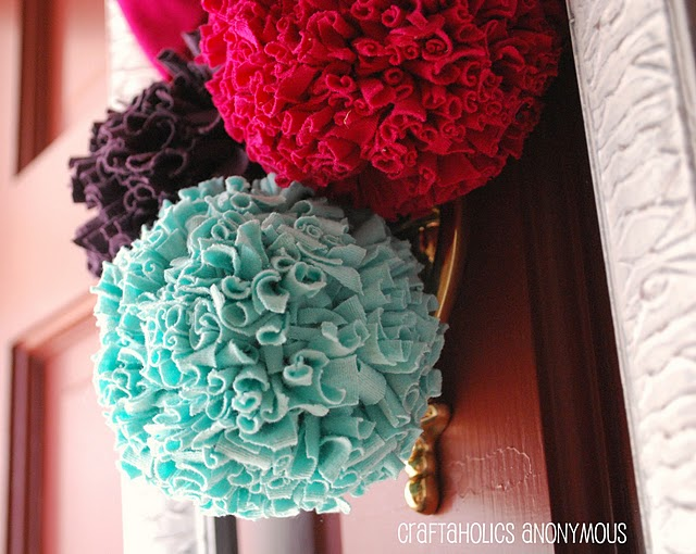how to make pom poms