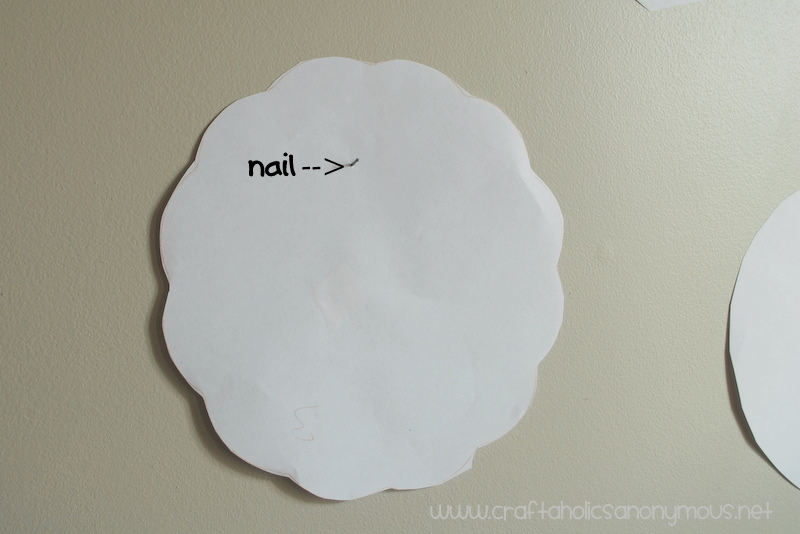how to arrange a plate wall