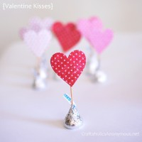 Paper Craft ideas for Valentine's Day {TUTORIALS!}