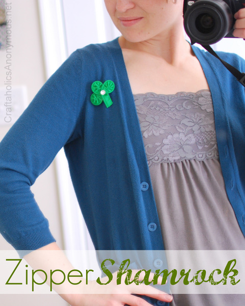 shamrock made from a zipper