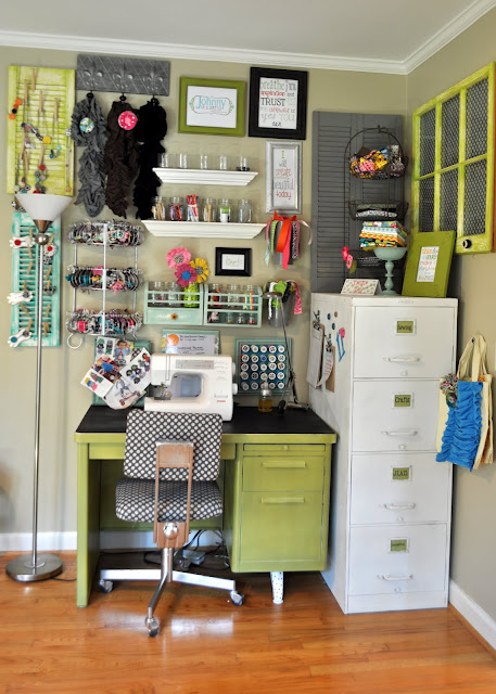 Craftaholics anonymous craft room tour with johnny in a dress - Craft area for small spaces property ...