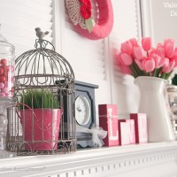 Valentine Decor: My Valentine's Day Mantel!