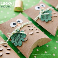 St. Patrick's Day owl treat boxes