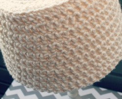 crochet lamp shade