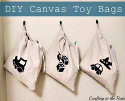 Use this drawstring bag tutorial to help your little keep their toys organized and ready for a quick trip to the beach or grandma's house!