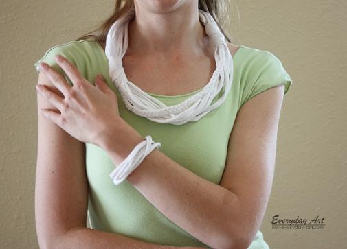 diy t-shirt necklaces