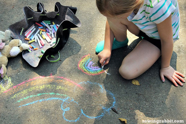 make a drawstring pouch for sidewalk chalk, small toys, or crayons