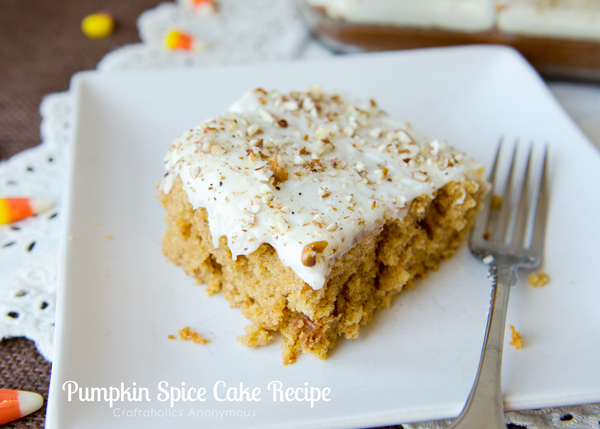 Pumpkin spice cake. This cake tastes like fall! A family favorite ...