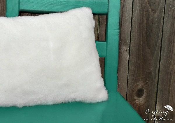 sew-a-fur-pillow