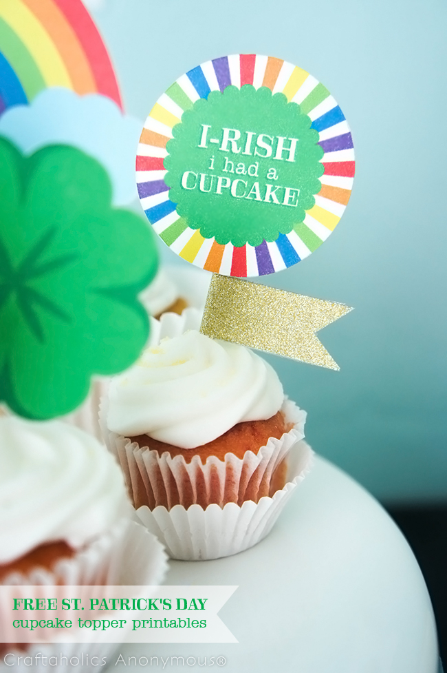 FREE St. Patrick's Day Cupcake Topper Printables #cupcaketoppers #stpatricksday #freeprintable