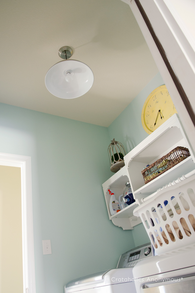 utility light in a laundry room