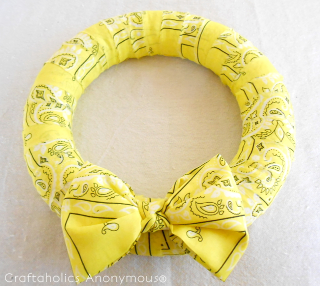 bandana wreath for summer