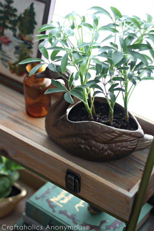 CA-antique-brass-goose-planter