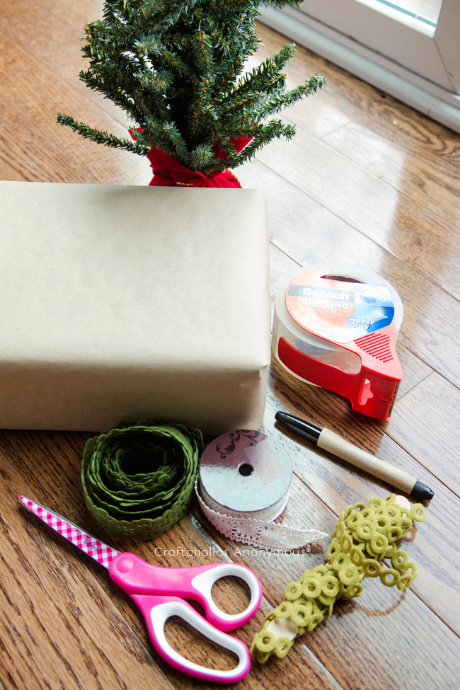 Holiday shipping ideas to make your shipped gifts look more festive!