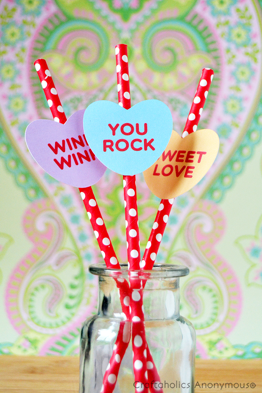 Free candy heart printable || So many uses for this printable at a Valentine's Day party!