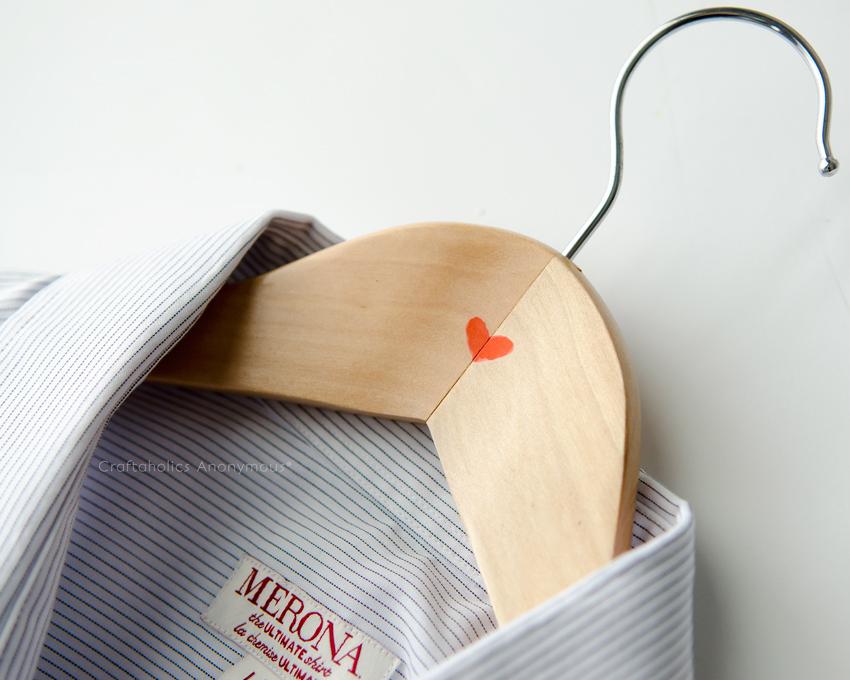 Valentine's Day hanger idea    Great last minute  Valentine gift for him!