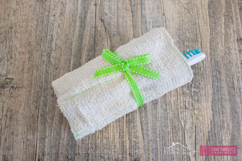simple sewing project: washcloth travel kit
