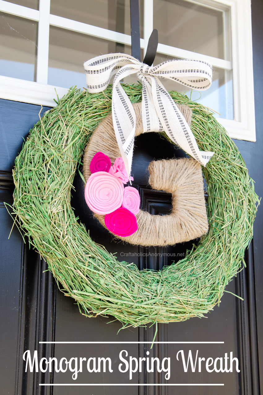 DIY Monogram Spring Wreath || she includes ideas for 2 other spring wreaths that can be made in minutes