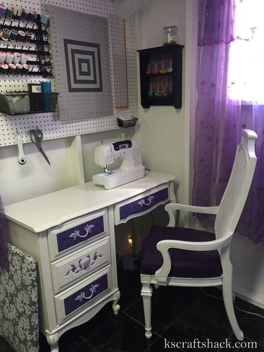 8-Sewing desk