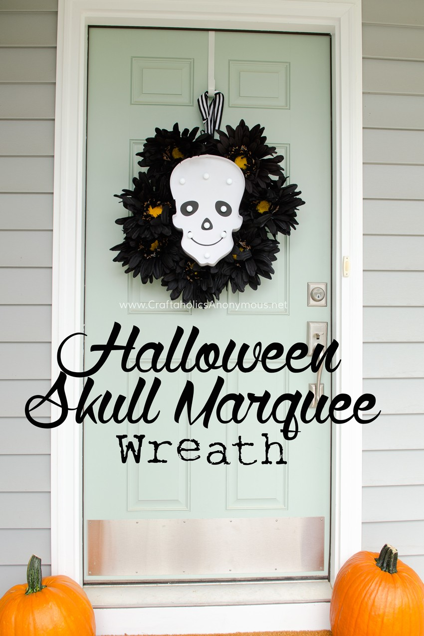 Halloween Skull Marquee wreath tutorial. I love that it lights up! Perfect for Halloween night. found on www.CraftaholicsAnonymous.net