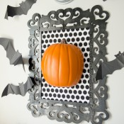 framed-pumpkin-halloween-decor