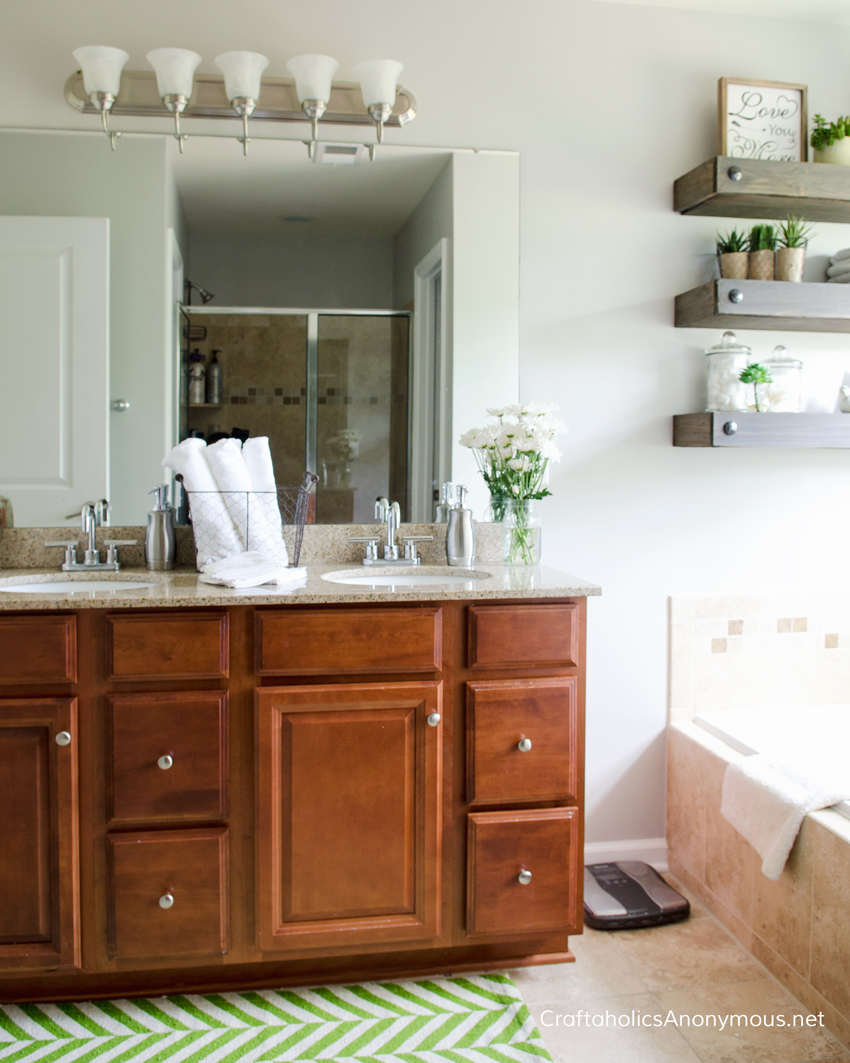 Simple Master Bathroom Makeover