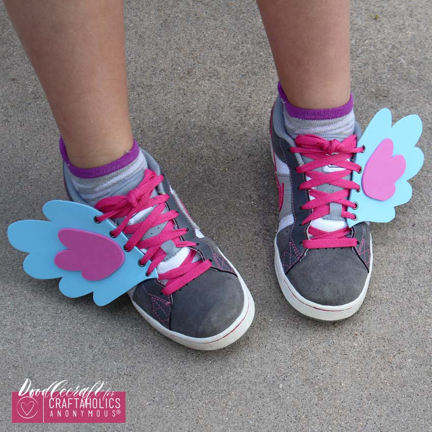 pony shoe wings easy diy foam eyelets fabulous footwear my little pony (4)