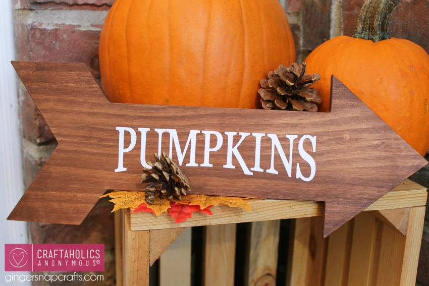 Fall Front Porch Craft :: Wood Arrow Pumpkins sign tutorial on www.craftaholicsanonymous.net