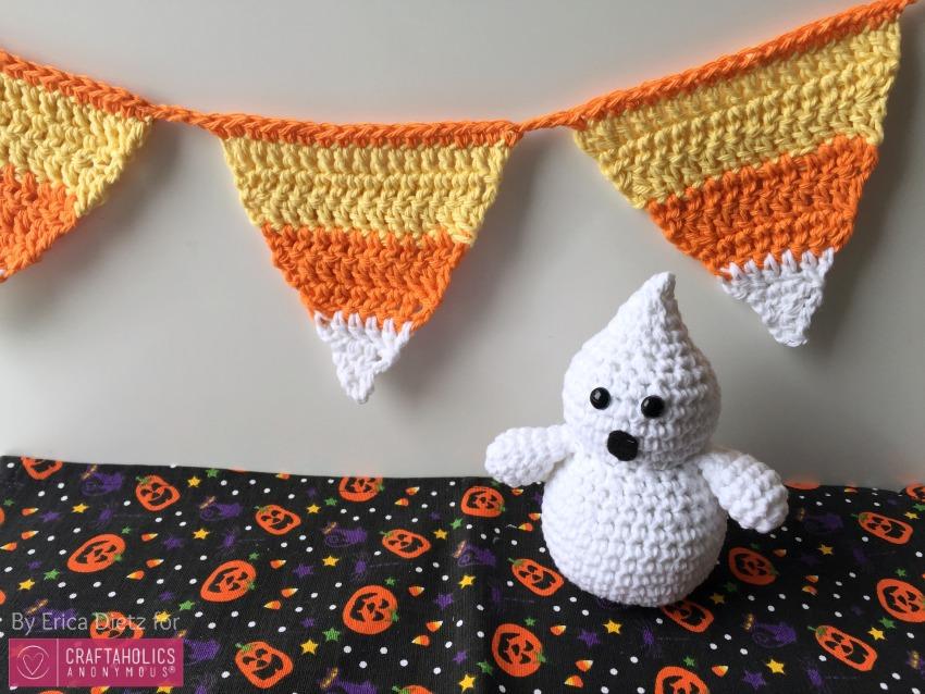 DIY Crochet Halloween Candy corn banner    Free pattern and tutorial