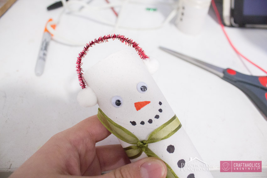 Toilet paper roll snowman craft idea