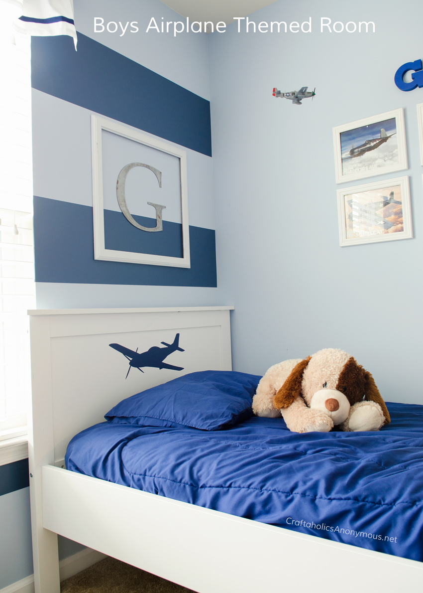 DIY Airplane theme kids room