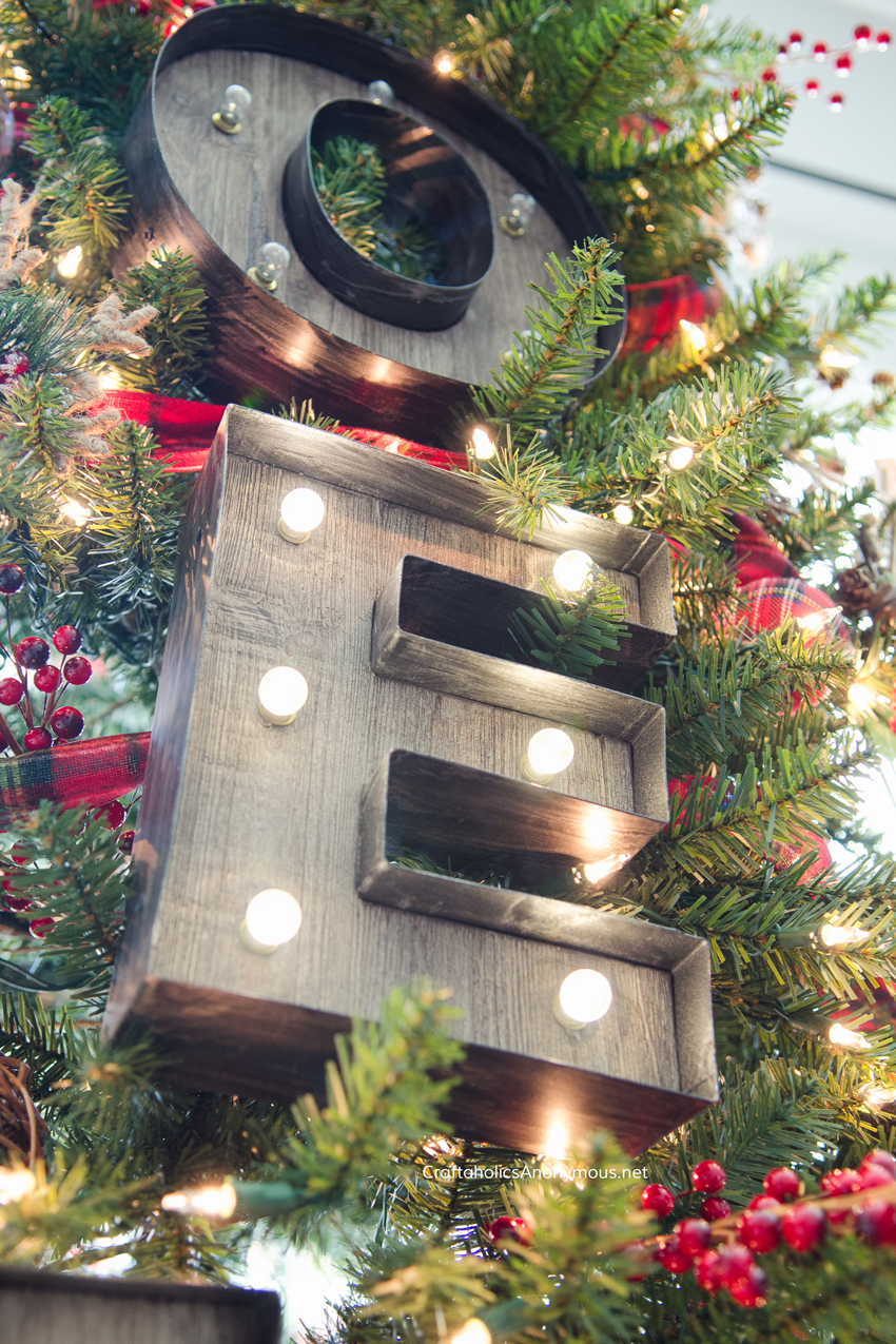 marquee-signs-on-christmas-tree