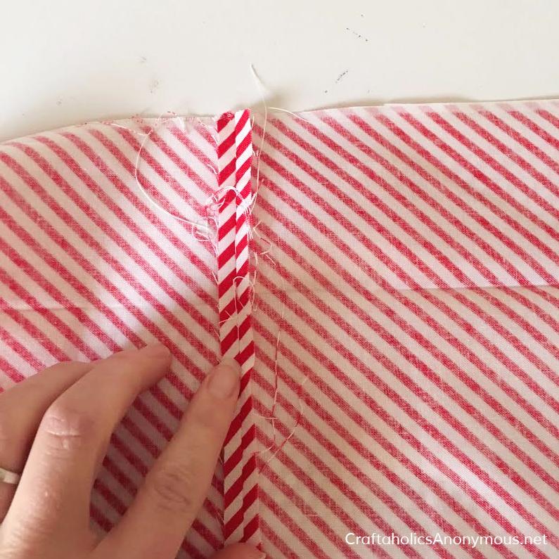 Christmas skirt tutorial