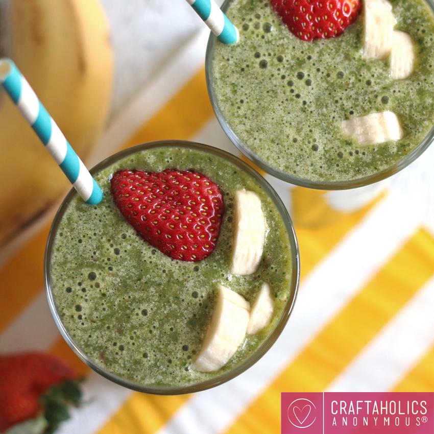 Craftaholics Anonymous: Strawberry Banana Green Smoothie