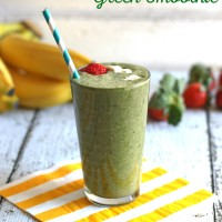 Strawberry Banana Green Smoothies