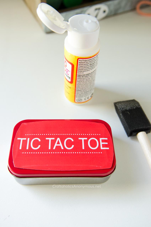 Fun Altoids craft idea :: Travel Tic Tac Toe with free printables