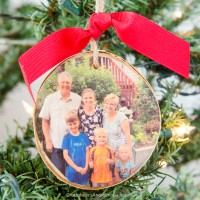 Wood-Slice-Christmas-Ornament-sq