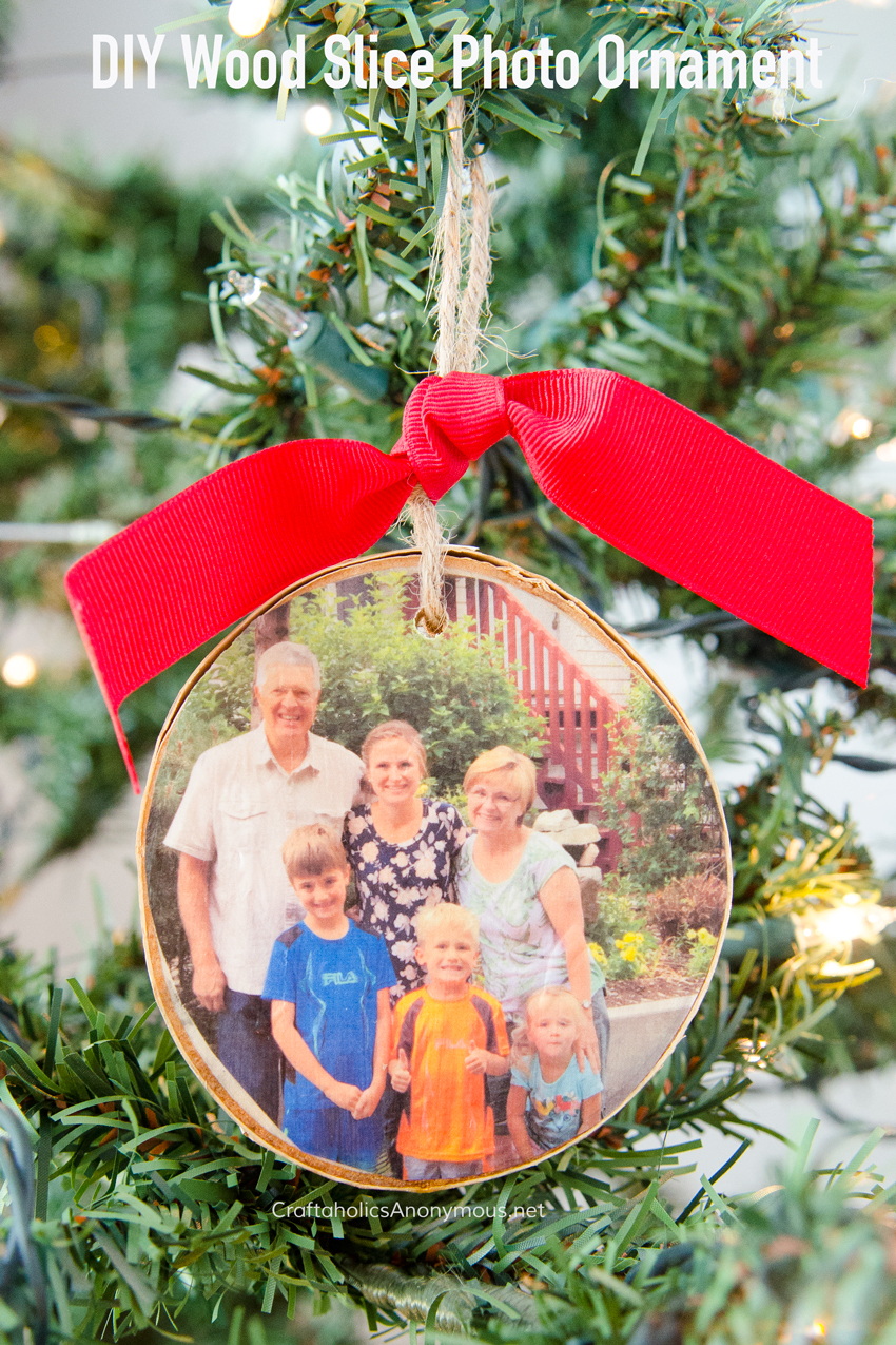 DIY Wood Slice Photo Ornament tutorial