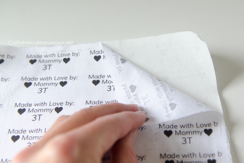 How to make fabric labels tutorial DIY