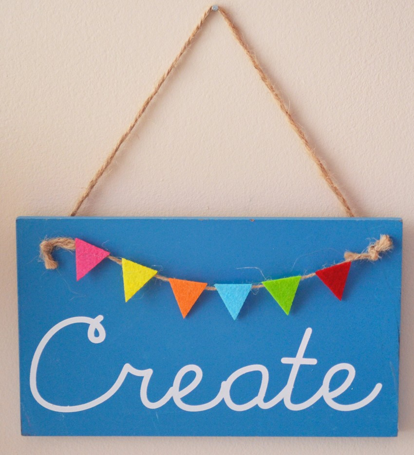 Craft Room Tour with Coastal & Crafty