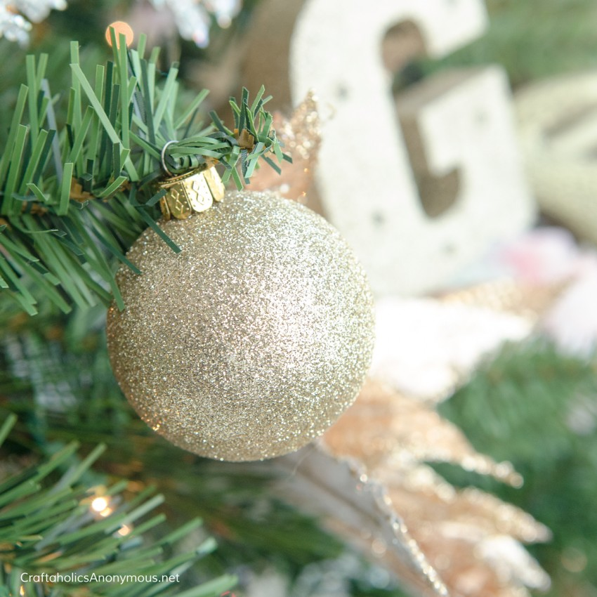 gold Christmas decor