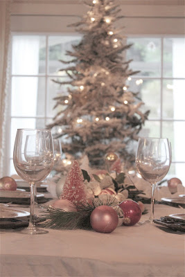 18-christmas-tablescapes-french-country
