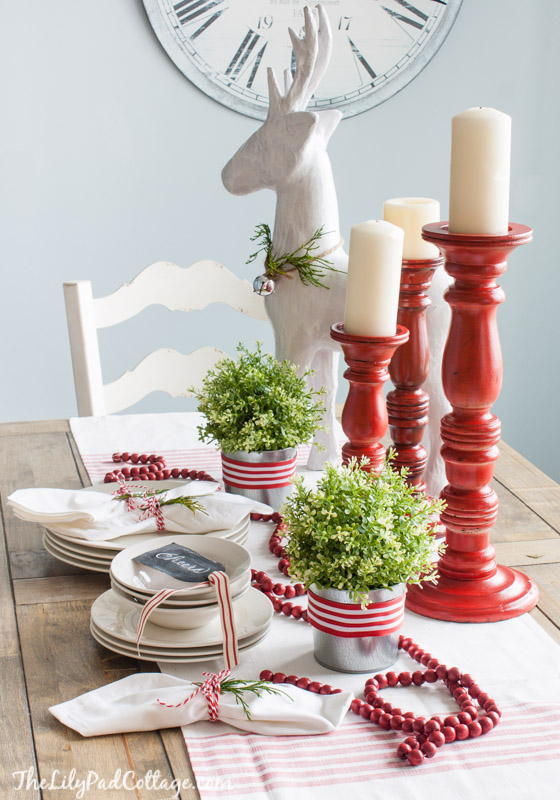 19-christmas-tablescapes-lilypad-cottage