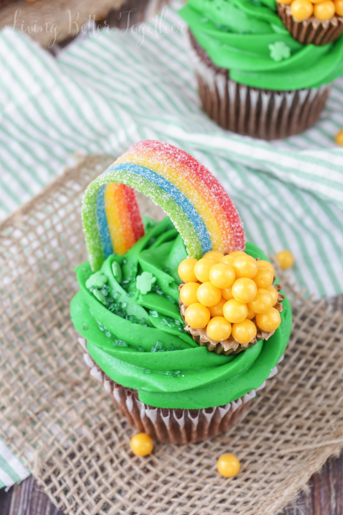 5 St. Patrick's Day Cupcakes Sugar and Soul