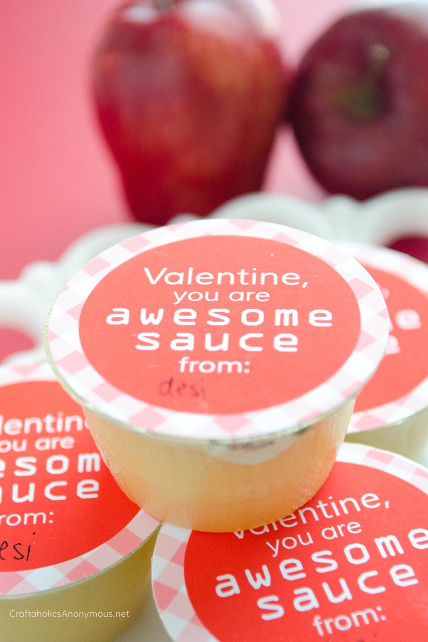 Applesauce Valentine Printable :: Free Printable Valentine label