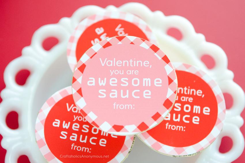 Awesomesauce Valentine || healthy valentine ideas, applesauce valentine printable