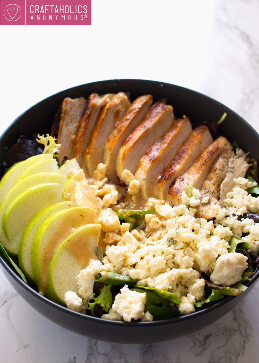 grilled chicken apple gorgonzola salad
