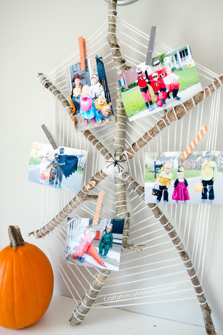Halloween Spider Web Photo Display DIY :: great way to show off past Halloween costumes