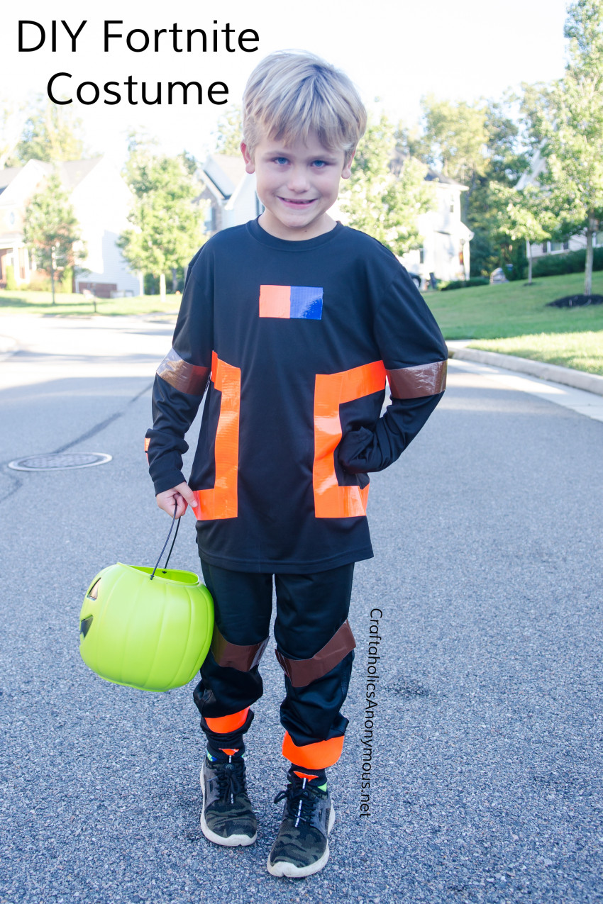 DIY Fortnite Halloween Costume